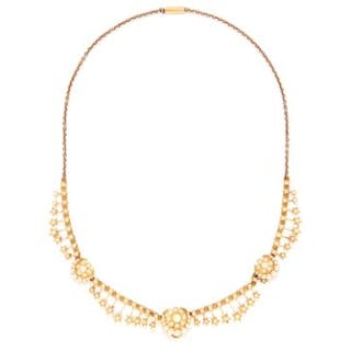 ANTIQUE SEED PEARL NECKLACE in high carat yellow gold, set with seed