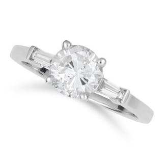 1.24 CARAT DIAMOND RING set with a round cut diamond of approximately