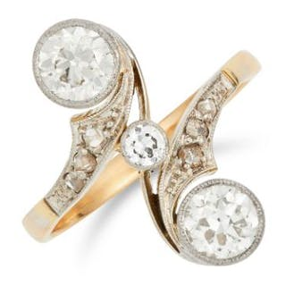 1.40 CARAT DIAMOND TOI ET MOI RING set with round and rose cut diamonds