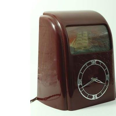 Vitascope, an Art Deco bakelite electric ship clock | Barnebys
