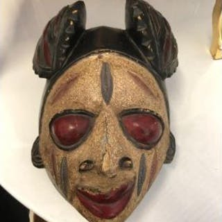 African Wood Caving Mask 33 x 20 x 25cm