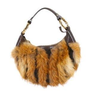 97217dbd1383 Gucci Fox Fur and Mink Bamboo Ring Half Moon Bag, brown leather trim –  Current sales – Barnebys.com