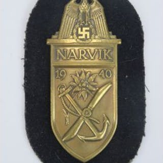 A WWII German Narvik Shield military decoration awarded to all German