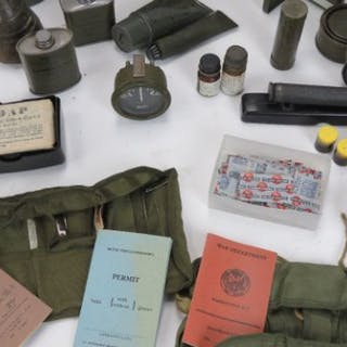 A quantity of machine gun magazines including; WWII Bren, WWII Thompson,M16