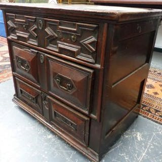 A 17th/18th.C.OAK SMALL CHEST OF THREE DRAWERS WITH GEOMETRIC PANEL