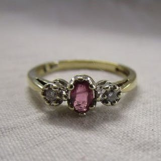 Gold ruby and diamond 3 stone ring