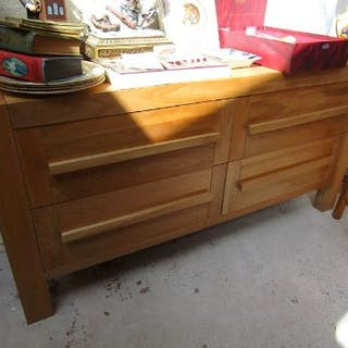 Oak chest of 4 drawers