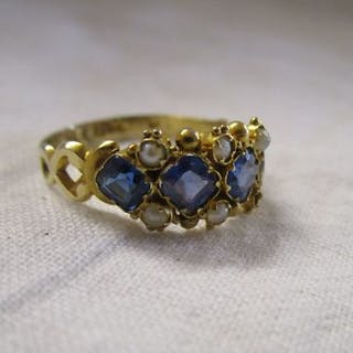 Antique sapphire and seed pearl ring (1 pearl missing)