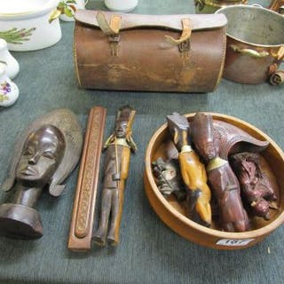 Collection of treen - African figures and cased bowling woods