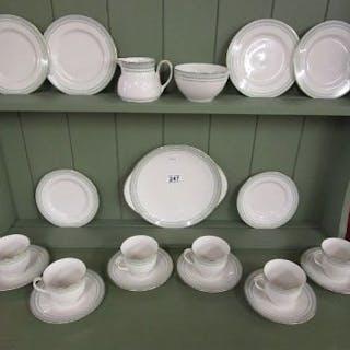 Royal Doulton Berkshire pattern tea set
