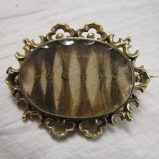 Antique memorial brooch