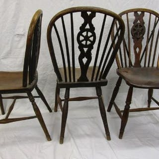 3 early wheelback elm seated dining chairs
