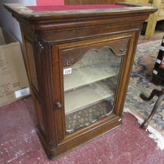 18C French oak display cabinet - H: 80cm W:66cm D:29cm