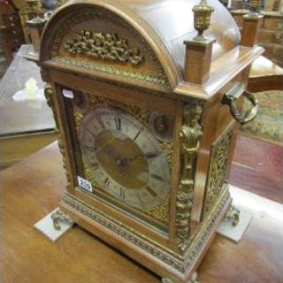 Large mantle clock by Cooke and Kelvey (H: 50cm) - Calcutta (Kolkata)