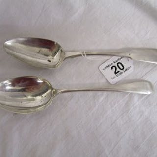 2 large solid silver serving spoons - Approx 152g