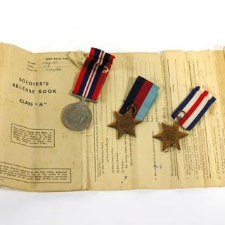 A group of unused WWII war medals, being the War Medal, 1939-45 Star