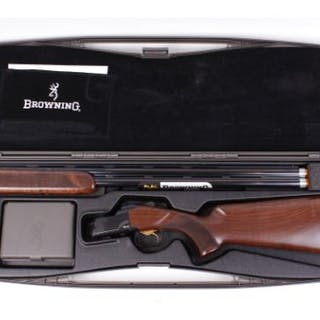 S2) 12 bore Browning B725 Sporter Black, 30 ins ventilated