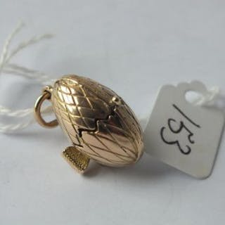 9ct baby chick in an egg charm 8g