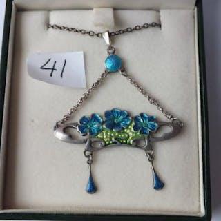 Art Nouveau silver and enamel pendant necklace with enamelled floral