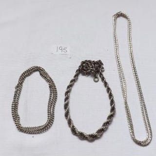 Three silver chains 58g