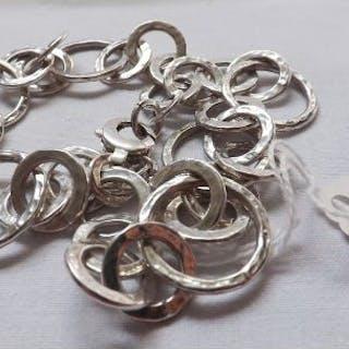 Modern silver 'O' link bracelet 56g