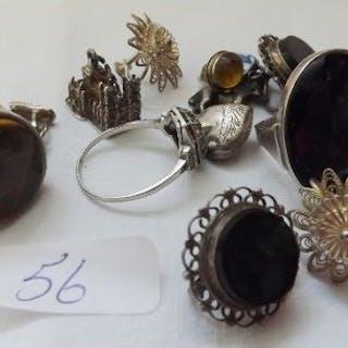 Siler rings & charms etc 59g inc