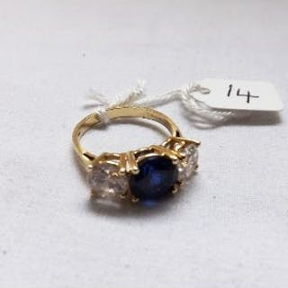 A blue & white stone dress ring in 14ct gold