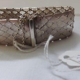 Wide woven silver flexible bracelet 52g
