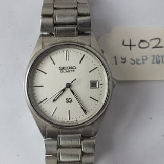 Gents Seiko quartz wrist watch with seconds dial and date aperture
