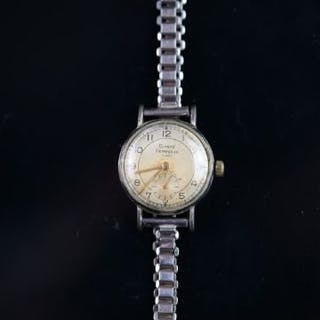 VINATGE LADIES GIRARD-PERREGAUX, circular dial, Arabic numerals, 24mm
