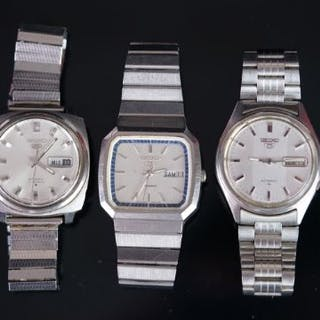 GROUP OF SEIKO 5 AUTOMATIC WRISTWATCH, one tv style day date automatic