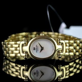 LADIES RAYMOND WEIL OTHELLO WRISTWATCH REF 5870, oval mother of pearl