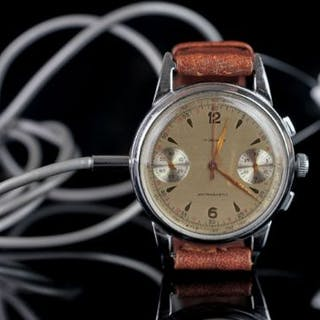 GERMAN 1950s SPY MICROPHONE RECORDING WRISTWATCH, circular off white
