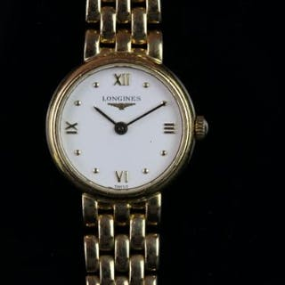 LADIES 18CT LONGINES DRESS WATCH REFERENCE LG.107.6, circular white