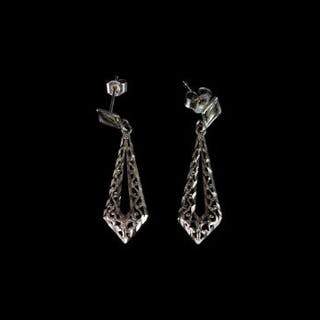 9CT DROP SWORD EARRINGS, not hallmarked, total weight 1.28 gms.