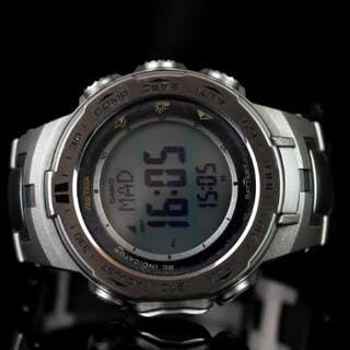 CASIO TRIPLE SENSOR VERSION 3, digital compass,barometer,altimeter,round,grey