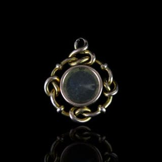 EARLY 20TH CENTURY COMPASS PENDANT ,9ct unhallmarked, total weight 5.2 gms.