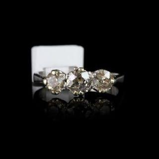 DIAMOND THREE STONE RING OLD CUT, centre stone estimated 0.40ct two