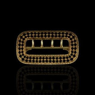 18CT CHEQUER BOARD ENAMEL BELT BUCKLE,total weight 13.93 gms, not hallmarked.