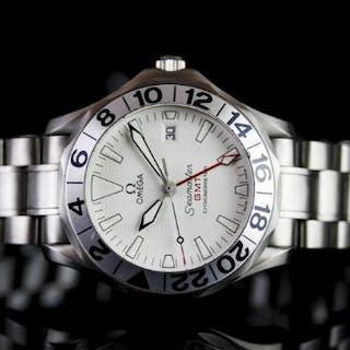GENTLEMENS OMEGA SEAMASTER GMT CHRONOMETER 'GREAT WHITE' WRISTWATCH