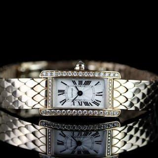 STUNNING LADIES 18K ROSE GOLD DIAMOND SET WATCH,diamond set case