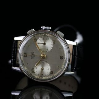 GENTLEMENS HEUER CHRONOGRAPH WRISWATCH, circular silver dial with