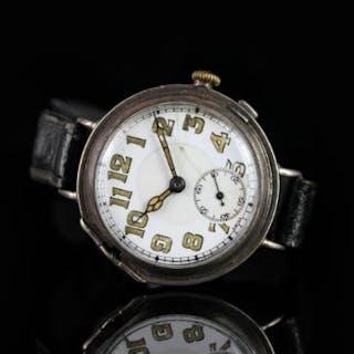 GENTLEMEN'S VINTAGE DRESS WATCH CIRCA 1936, round, white dial with