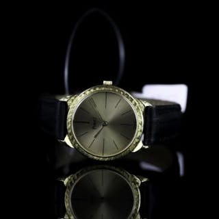 LADIES PIAGET WRISTWATCH, circular champagne dial with hour markers