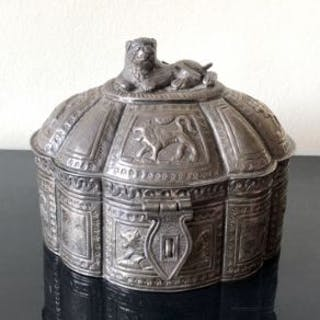Fine Antique Middle Eastern Silver Box