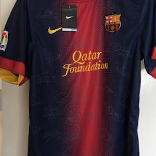 Barcelona CF Signed Shirt  This item contains the signed...