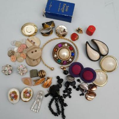 Vintage Retro Parcel of Costume Jewellery and Other Odds