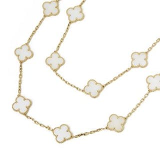 7a9ffcbf913 Van cleef and arpels yellow gold – Auction – All auctions on ...