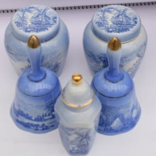 Collection of blue and white porcelain by Royal Worcester...