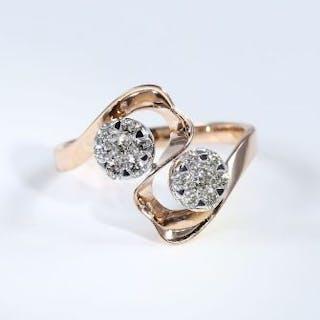 IGI Certified 18 K Rose Gold Designer Diamond Ring